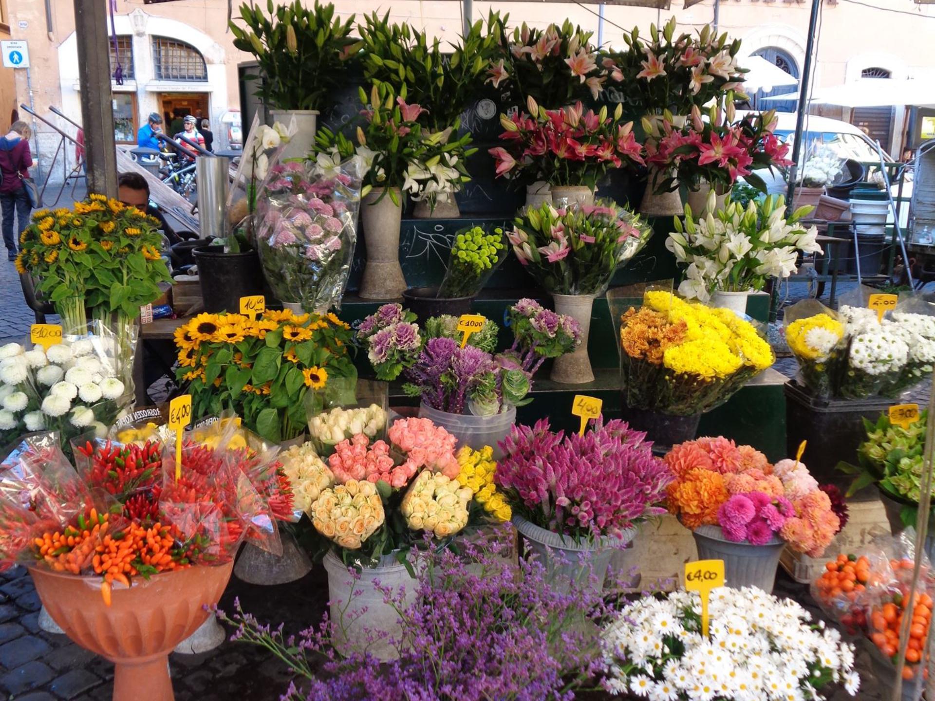 campo-fiori-flower-market