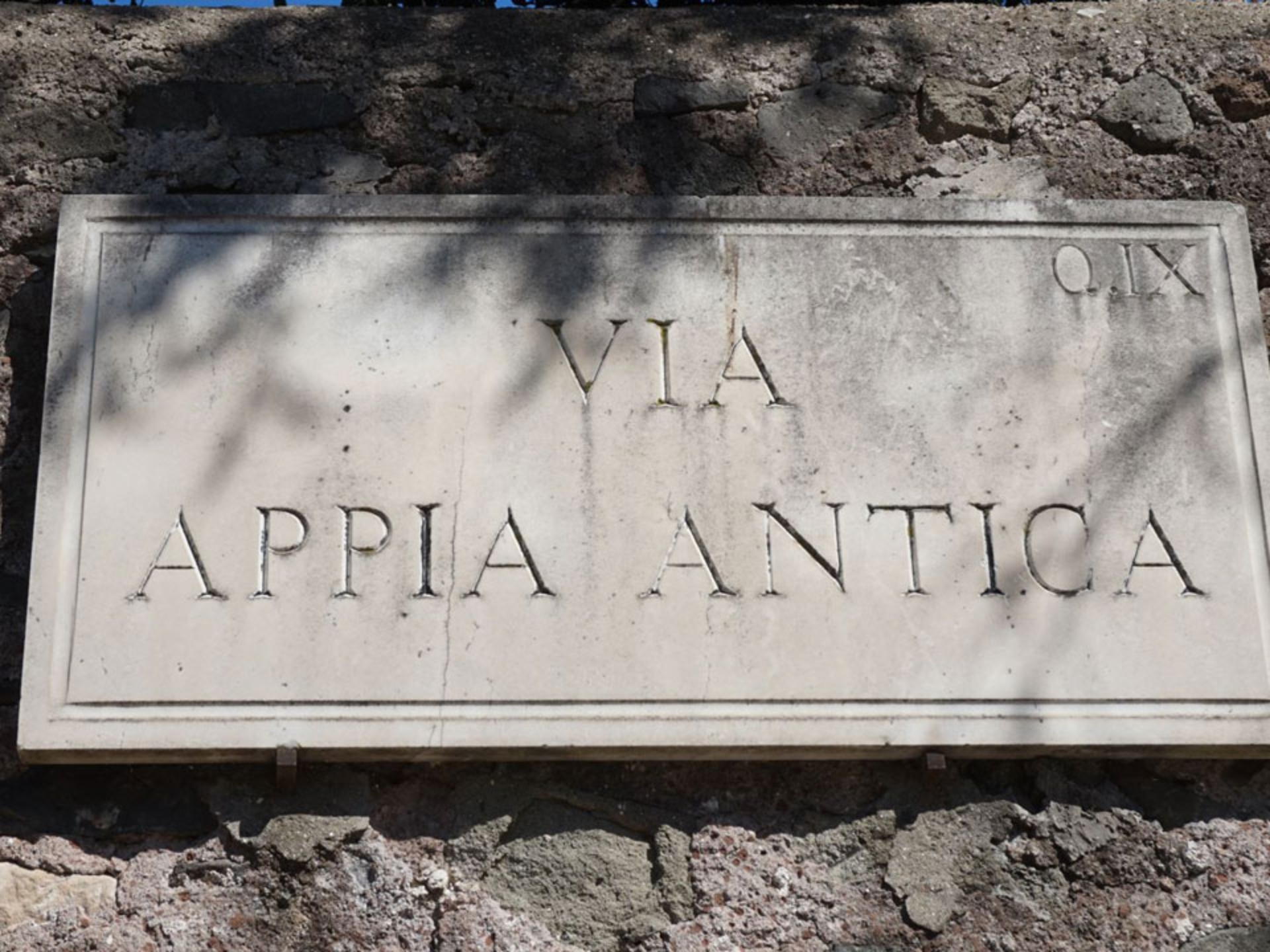 appian-way_Italy-Tour-With-Theresa_02