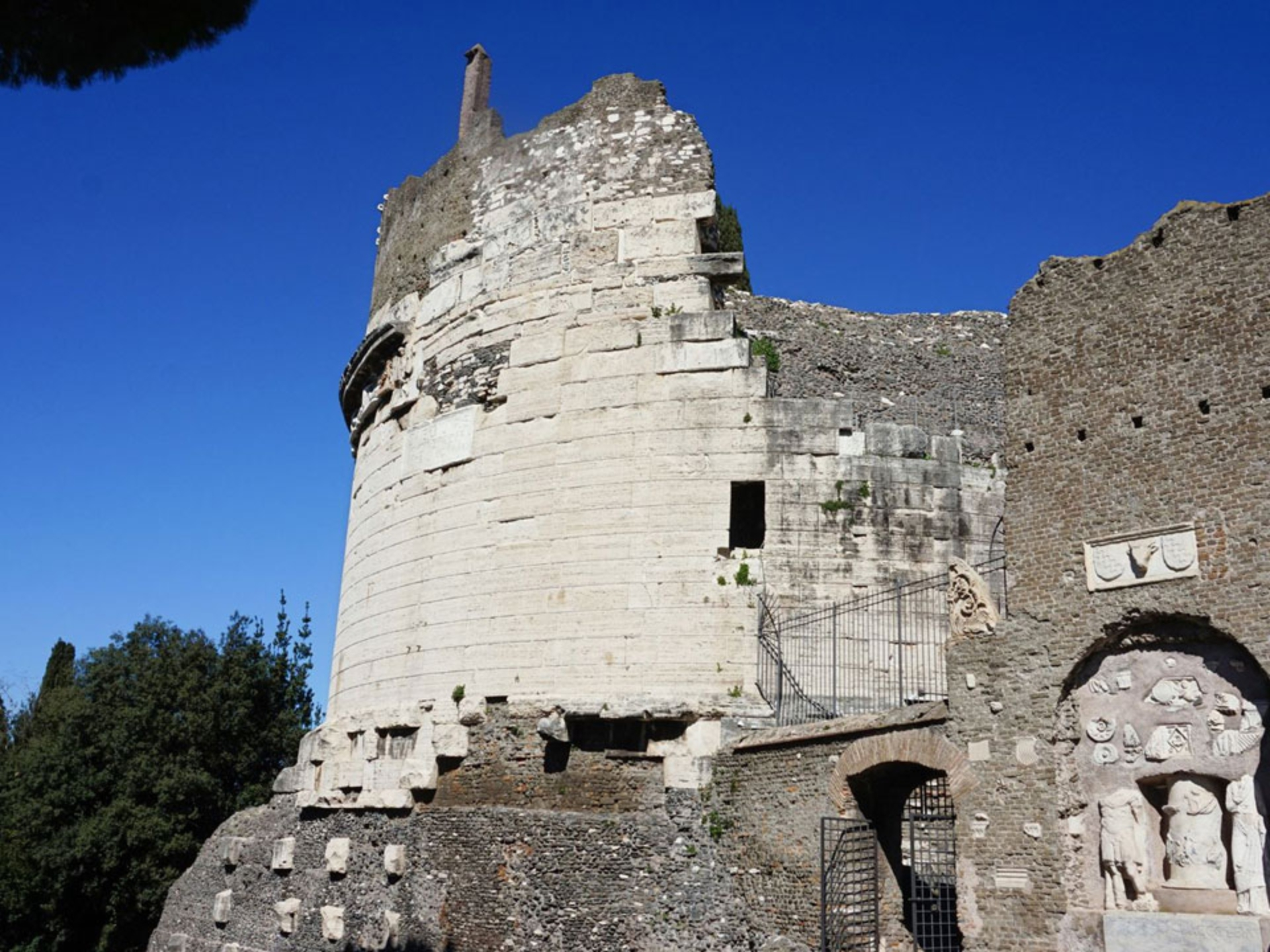 appian-way_Italy-Tour-With-Theresa_12