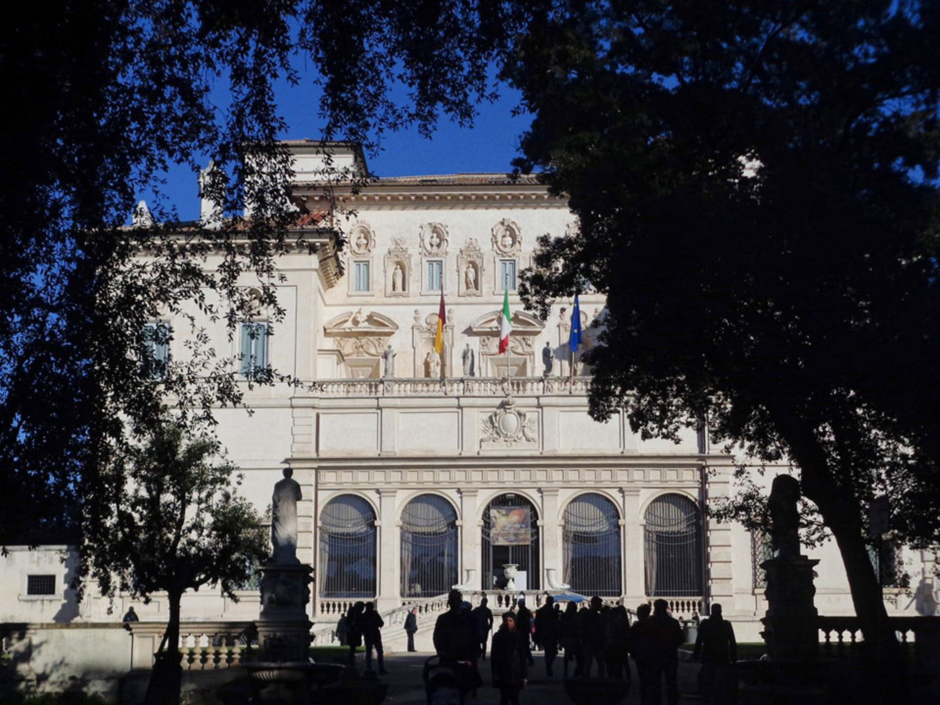 borghese-gallery_Italy-Tour-With-Theresa_04